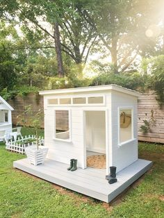 Last Christmas we partnered with Home Depot to film a playhouse makeover, you can see our original post here . And this week we decided to give this playhouse a mini makeover! Modern Playhouse, Backyard Playhouse, Backyard Playground, Backyard For Kids, Shed Playhouse, Backyard Fort, Outdoor Play, Outdoor Spaces, Outdoor Living