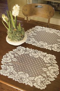 Cottage Rose Placemat (Set of 2)
