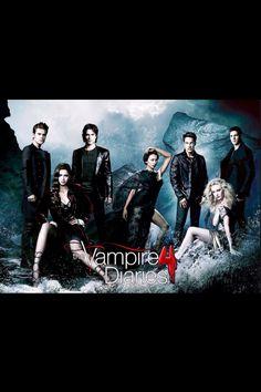 """Ik vind de serie """"the vampire diaries""""erg leuk. De fantasie over vampieren,weerwolven,heksen en geesten vermaakt me echt daarbij ben ik ook fan van de acteur Ian Somerhalder die ook in deze serie speelt."""