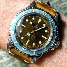 Watches Ideas - Tropical dial on a vintage Tudor - Flashmode Middle East Fancy Watches, Elegant Watches, Stylish Watches, Luxury Watches For Men, Beautiful Watches, Cool Watches, Expensive Watches, Casual Watches, Vintage Rolex