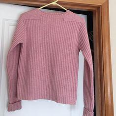 L L Bean pink sweater small 100% merino lambs wool LL Bean pink sweater 100% merino lambs wool size small L L Bean Sweaters