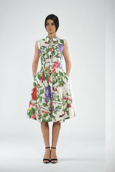 187f02d08e8bc Silk midi dress on the buttons with collar and print flowers Silk