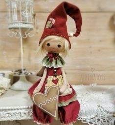 Jingle Bells, Elf On The Shelf, Art Dolls, Textiles, Christmas Ornaments, Disney Princess, Holiday Decor, Disney Characters, Pattern