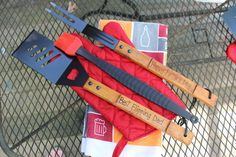 Personalized BBQ Grill Set- Best Flipping Dad- Order Now and Get by Father's Day! by AWhimsicleLove on Etsy