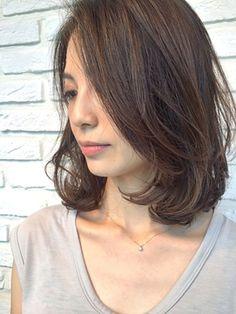 Colores e Ideas Kawaii Hairstyles, Permed Hairstyles, Pretty Hairstyles, Medium Long Hair, Medium Hair Styles, Curly Hair Styles, Mid Length Hair, Shoulder Length Hair, Hair Lengths