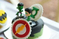 Hulk and green lantern mini cake