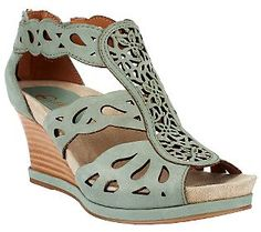 Earthies Campora Leather Wedge Sandals w/ Back Zipper