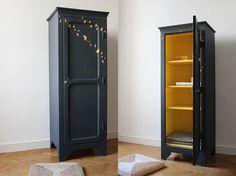 TRENDY LITTLE — Petite armoire vintage étoiles