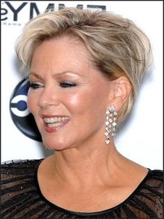 Short Wispy Hairstyles for Women | hairstyles for older women Hairstyles for older women, A cool Short ...