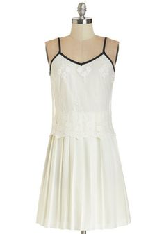 So Fresh and Pristine Dress. With champagne, strings of gleaming lantern lights, and your pristine white frock, this backyard gathering is not your average picnic. #whiteNaN