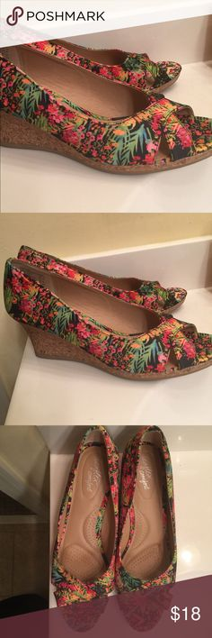 AE Floral Wedges Very cute & comfy wedges. 12W. Worn once. American Eagle by Payless Shoes Wedges