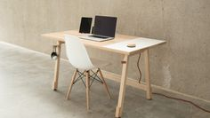 The perfect minimalist Office for the working room |  Desk 01: het perfecte minimalistische bureau voor de werkkamer
