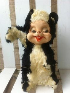 VINTAGE  Rushton Rubber Face Skunk Stuffed by BridgettsGadgets, Creepy Toys, Creepy Cute, My Childhood Memories, Childhood Toys, Vintage Love, Vintage Decor, Retro Toys, Antique Toys, Old Toys