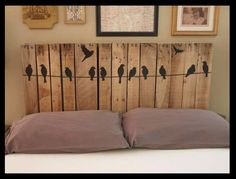 You are currently watching here the result of your Pallet Headboard DIY Instructions. If you like the Pallet Headboard DIY Instructions then I suggest to you Diy Bett, Pallet Crafts, Diy Pallet, Pallet Projects, Pallet Beds, Pallet Porch, Head Boards, Pin Boards, Fence Boards
