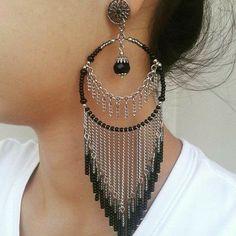Jewelry Design Earrings, Ear Jewelry, Wire Earrings, Designer Earrings, Jewelry Crafts, Beaded Jewelry, Jewelery, Jewelry Accessories, Bijoux Fil Aluminium
