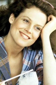 Scandal! Sigourney weaver panties alien