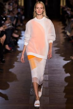 Stella McCartney Spring 2013 RTW - Review - Fashion Week - Runway, Fashion Shows and Collections - Vogue - Vogue