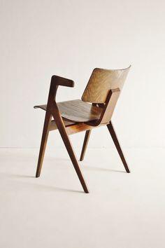 © Robin Day. Hille Stak chair 1950 Des lignes entrecroisées originales