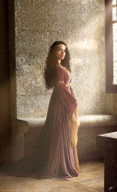 Angel Coulby as Guinevere in Merlin.
