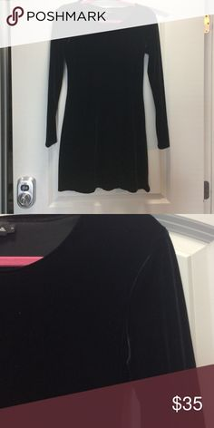 Long sleeve velvet dress Bodycon dress.  absolutely NO TRADES Reasonable offers only considered through the 'offer' option  NO OUTSIDE TRANSACTIONS My Michelle Dresses Long Sleeve