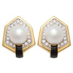 DAVID WEBB Elegant South Sea Pearl Diamond Earclips. USA circa 1980s
