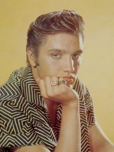 September, 1956. Still the blonde Elvis.  I LOVE this pic!!!!