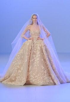La robe de mariée Elie Saab Haute Couture printemps-été 2014 - Les plus belles robes de mariée Haute Couture Printemps-Eté 2014