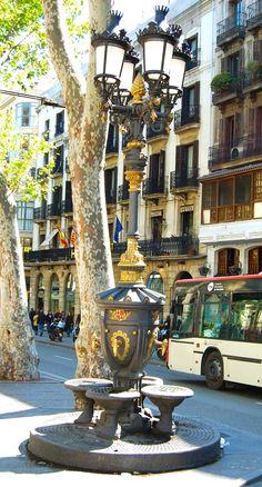 Font de Canaletes, Barcelona (Spain)