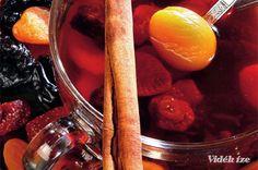 Kompót aszalt gyümölcsökből - Vidék Íze