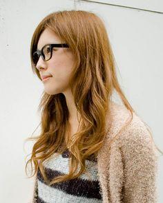 ◆美人スナップ|松川佑依子さん|rosebullet ニット(ローズブリット) http://www.bijin-snap.com/2010/11/01/no-270/ #松川佑依子 #Yuiko_Matsukawa #girl_with_glasses #glasses #woman_with_glasses