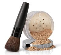 Shop Women's Mary Kay size OS Face Powder at a discounted price at Poshmark. Description: NWT Mary Kay mineral foundation with new powder brush. Sold by Fast delivery, full service customer support. Mary Kay Foundation, Mineral Foundation, Powder Foundation, Foundation Brush, Makeup Foundation, Cc Cream, Natalia Sanchez, Face Application, Mk Men