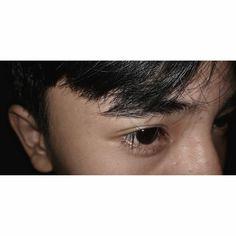 Aesthetic Eyes, Aesthetic Photo, Cute Relationship Goals, Cute Relationships, Cute Boys Images, Sad Pictures, Cute Korean Girl, Fake People, Fake Photo