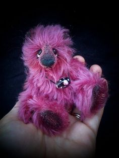 Ever wanted to have a go at making a teddy yourself, but didnt know where to begin? Learn better with images rather than text? Only have a beginners