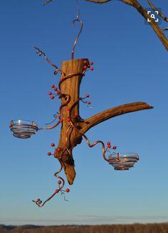 Simple 10 Diy Oriole Bird Feeder Ideas For Your Garden - Wild Bird Scoop Coa . - Simple 10 Diy Oriole Bird Feeder Ideas For Your Garden – Wild Bird Scoop Coates – Diy # bird - Bird House Feeder, Diy Bird Feeder, Unique Bird Feeders, Garden Crafts, Garden Projects, Oriole Bird Feeders, Backyard Birds, Garden Birds, Driftwood Art