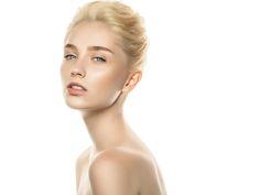Große Poren: Funktioniert porenverfeinernde Kosmetik wirklich?