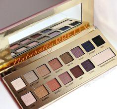 IT Cosmetics Naturally Pretty Vol 1 Matte  Luxe Transforming Eye Shadow Palette