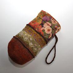 Arboretum. A folk bag by Peony And Parakeet.