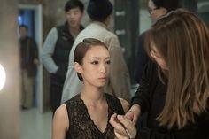 루스플라이 카르멘 레이스 레오타드(블랙벨벳)를 입은 최수진씨는 무엇을 위해 예쁘게 단장하시고 계실까요~^^*?  Ms. Soojin is wearing our Carmen lace leotard(Black Velvet). I wonder what she is getting ready for~^^*?