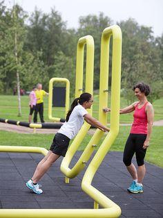Outdoor Fitness Equipment, No Equipment Workout, Karate Equipment, Kids Indoor Playground, Playground Design, Urban Fitness, Fitness Trail, Gym Facilities, Public Space Design