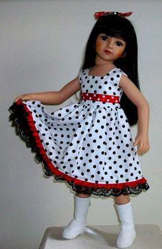 Dotty dress & hair bow for Maru & Friends dolls by Vintagebaby Girls Frock Design, Baby Dress Design, Baby Girl Dress Patterns, Baby Girl Dresses Diy, Baby Outfits, Little Girl Dresses, Kids Outfits, Baby Girls, Girls Dresses
