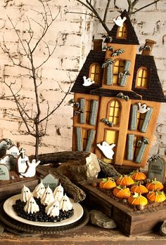 Halloween Haunted House Cookie and dessert table. This almost seems like too much work... almost.
