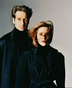 Fox Mulder & Dana Scully from The X-Files The X Files, Paranormal, Dana Scully, David Duchovny, Gillian Anderson, Science Fiction, Famous Duos, David And Gillian, Portrait