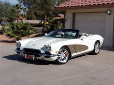 This 2004 Corvette chassis was transformed into a classic '62 Corvette convertible.