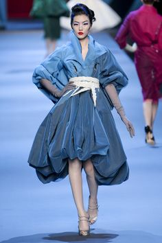 Christian Dior at Couture Spring 2011 - Runway Photos