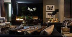Home Decoration For Halloween Dark Living Rooms, Home And Living, Living Room Decor, Modern Living, Luxury Interior Design, Interior Styling, Tadelakt, Living Styles, Luxury Living