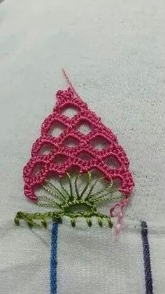 How to crochet a DOILY for advanced beginners - Crochet İcord Crochet Boarders, Crochet Edging Patterns, Crochet Circles, Crochet Diagram, Crochet Round, Crochet Motif, Crochet Designs, Crochet Yarn, Double Crochet
