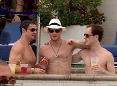 Having a grand old time: Prince Harry (centre) and Eton schoolmate Tom Inskip (right) enjoy cocktails and a chat before the naked pictures emerged Tom Inskip, Guy Pelly, George Percy, Royal Party, Prinz Harry, Las Vegas Hotels, Sin City, Prince William, Prince Henry
