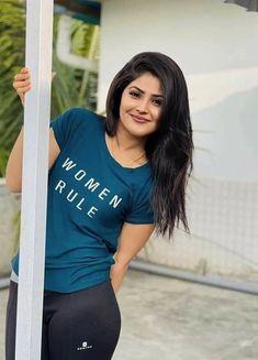 Beautiful Girl Indian, Most Beautiful Indian Actress, Beautiful Saree, Beautiful Actresses, Cute Beauty, Beauty Full Girl, Bridal Sarees South Indian, Actress Anushka, Bollywood Actress
