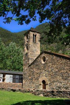 Sant Marti de la Cortinada (Ordino, Andorra). Generación de iglesia románica del siglo XII.