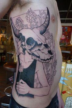 Tattoo by Lea Nahon New Tattoo Styles, New Tattoos, Cool Tattoos, Purple Tattoos, Black And Grey Tattoos, 3 Tattoo, Piercing Tattoo, Lea Nahon, Animal Skull Tattoos